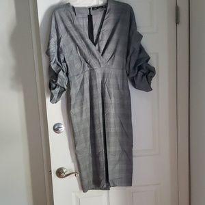 Zara Dress Midi with puffed sleeves